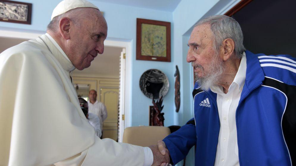 papa-francisco-con-fidel-castro_995x560