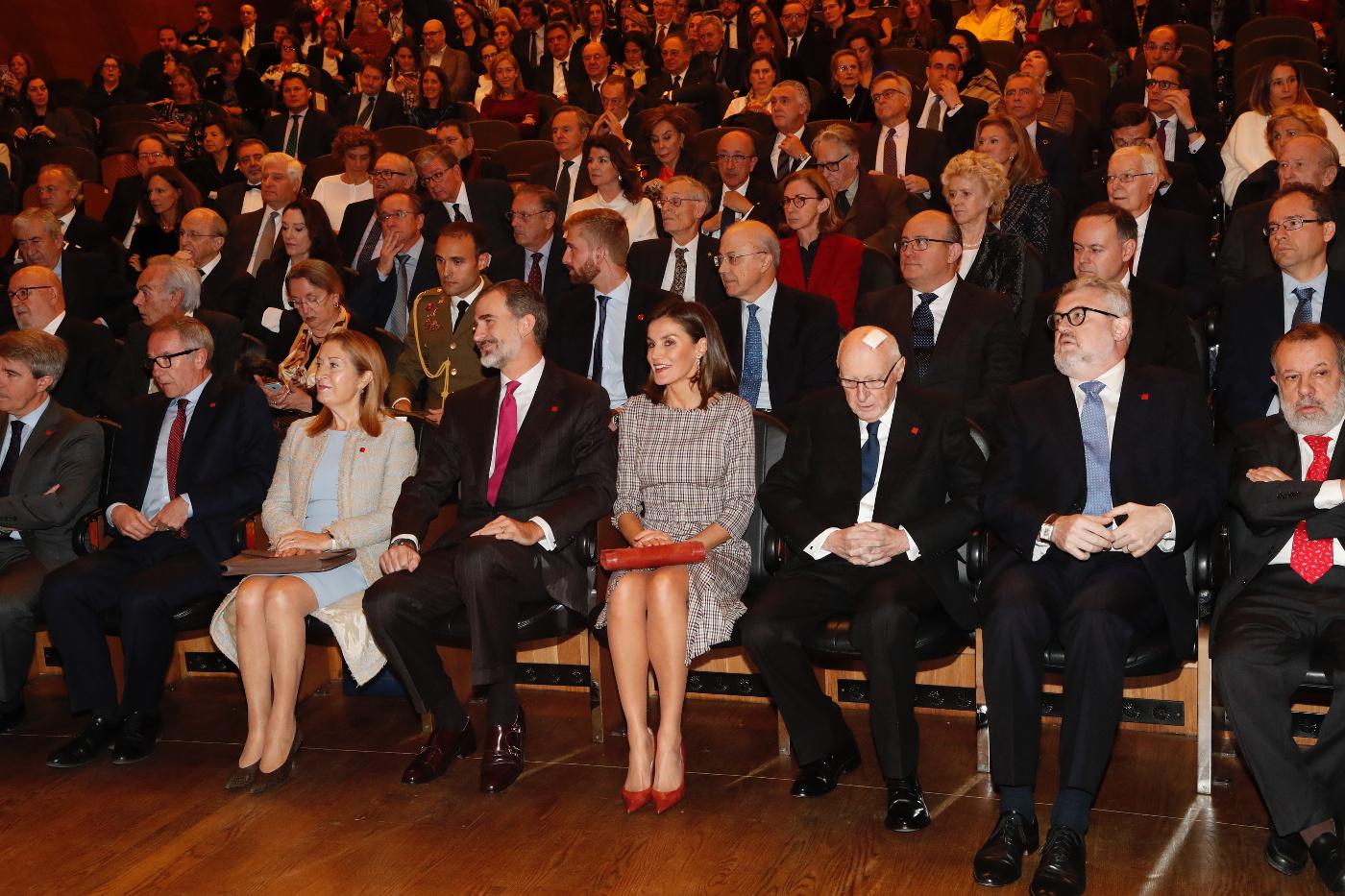Bicentenario del Museo del Prado. Precedencia Ministro.