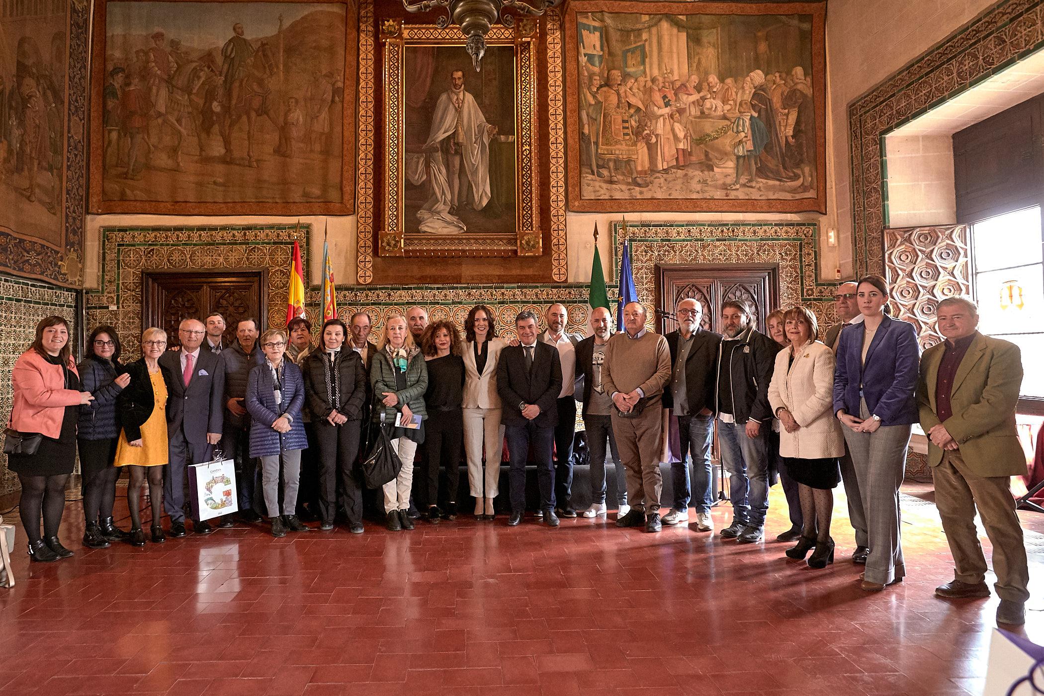 Protocolo de la bandera de España